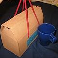 台中教區義賣產品,原本的特別為我們婚禮做的喜餅Damo