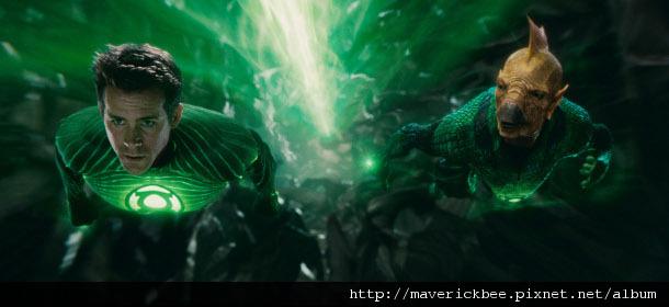 33-superheroes-green-lantern.jpg