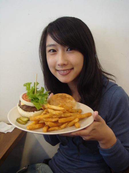 An Burger05