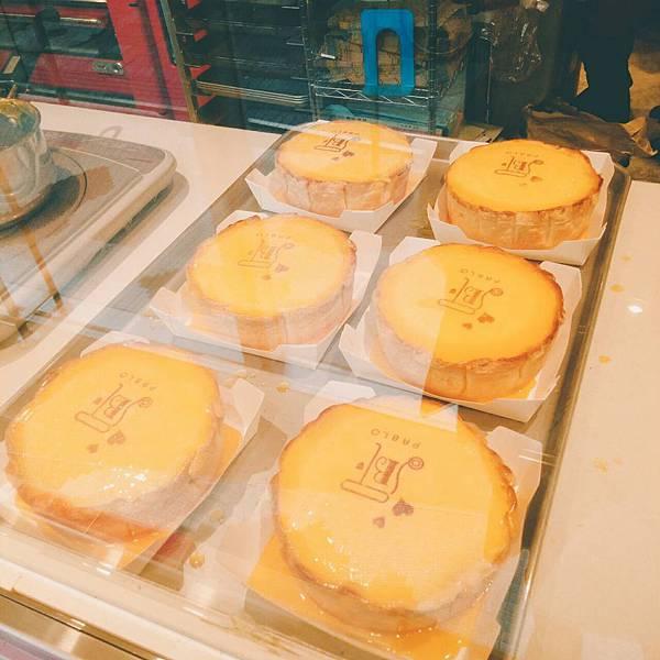 沖繩美食推薦 沖繩必吃美食 沖繩必吃甜點 沖繩必買 PABLO半熟起司蛋糕(大阪排隊美食PABLO)甜點控必吃