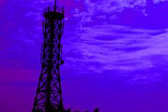高速公路休息站鐵塔