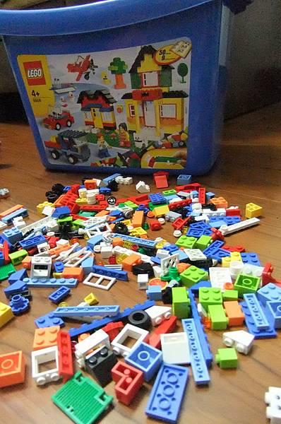 LEGO026.JPG
