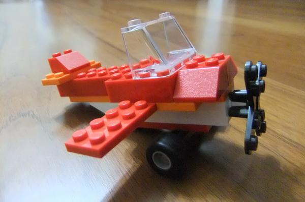 LEGO051.JPG