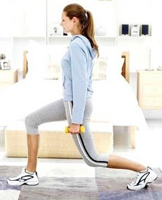 woman_doing_lunges.jpg