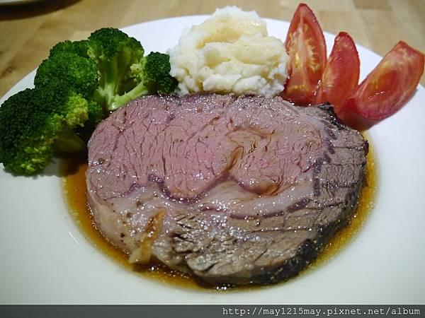 4-8 CP值 1 台北 老饕牛排 頂級肋眼 餐廳.JPG