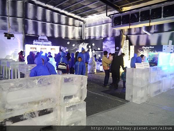 4 極地冰風暴實境秀.JPG