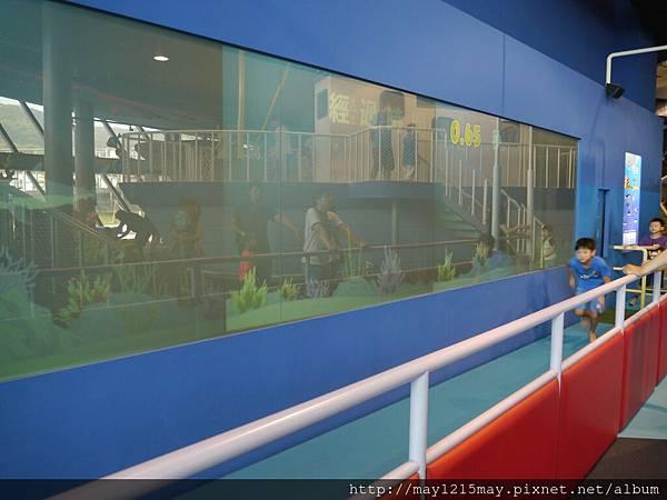 5-2基隆 海洋科技博物館 兒童館 溜小孩.JPG
