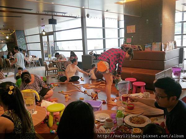 6 基隆海洋科技博物館 artr親子餐廳.JPG
