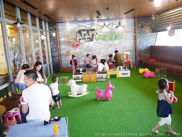 13 基隆海洋科技博物館 artr親子餐廳.JPG