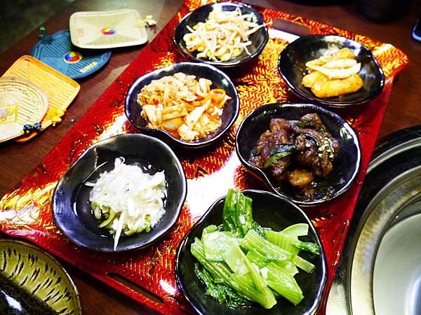 10 韓金館 中山區 韓國烤肉 穿韓服 韓式料理 餐廳 台北.JPG