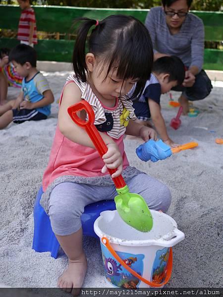5.宜蘭礁溪景點 美食 素食餐廳 時光寶盒 免費沙池玩沙.JPG