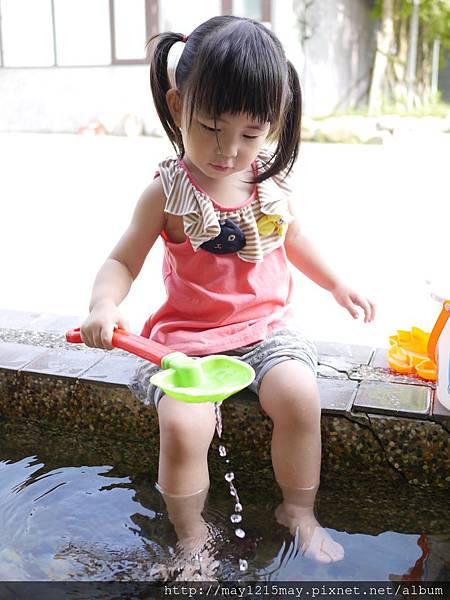 8.宜蘭礁溪景點 美食 素食餐廳 時光寶盒 免費沙池玩沙.JPG