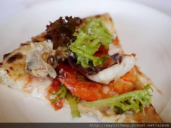 22-1 綠房餐廳 拿波里Pizza 捷運忠孝新生站 推薦義大利餐廳 酒吧 高質感.JPG