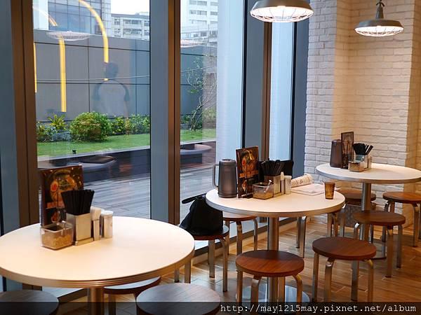 09台北 信義區美食 微風信義百貨公司4樓 拉麵英雄 RAMEN HERO 平價餐廳 高CP值 好吃.JPG