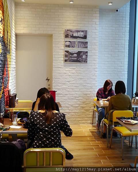 10台北 信義區美食 微風信義百貨公司4樓 拉麵英雄 RAMEN HERO 平價餐廳 高CP值 好吃.jpg