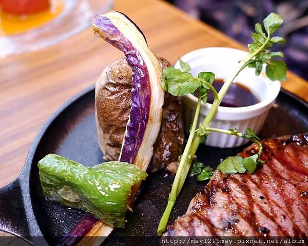 15台北 信義區美食 餐廳 Grill Domi Kosugi  日本洋食  漢堡排、沙朗牛排、蛋包飯、歐風咖哩.JPG