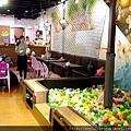 4天母 士林 親子餐廳 好吃 美味 hello Jazz 室內沙池 球池.jpg