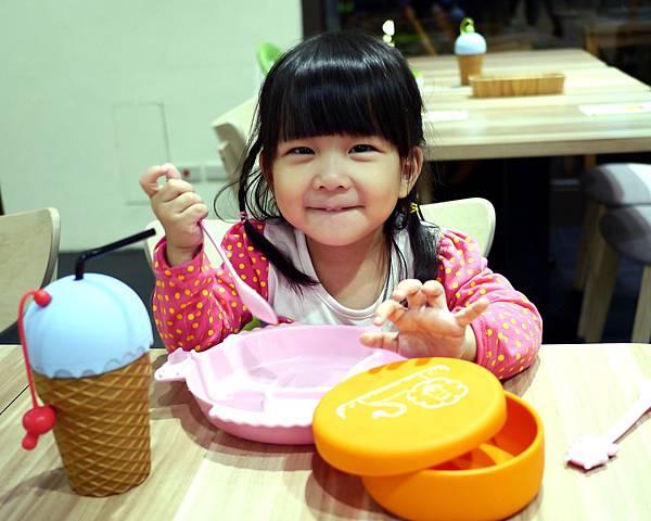 017信義區 親子餐廳  捷運市政府站 chop chop 恰恰 阪急4樓.jpg