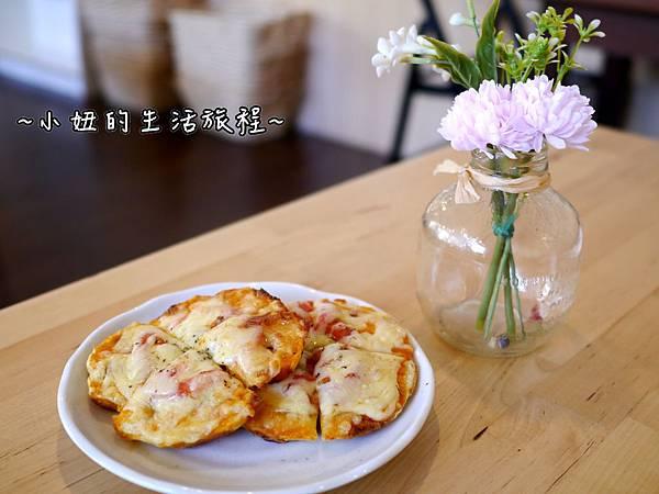 18桃園大溪 WOW鬆餅工房 老阿伯豆干旁 推薦 美食 下午茶.JPG