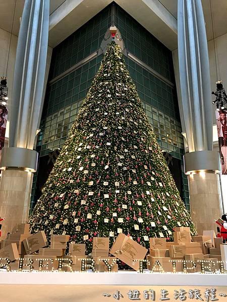 10  101大樓聖誕樹  Burberry  Pandora 信義區.jpg