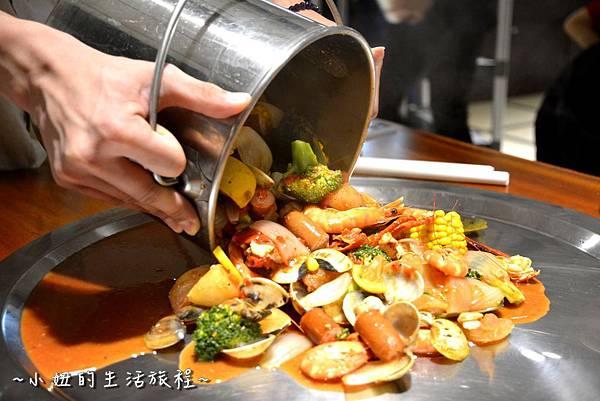 21新竹 南寮漁港 老漁港新海鮮 美式 海鮮餐廳 美食 水桶 推薦.JPG