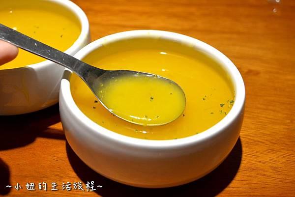 29新竹 南寮漁港 老漁港新海鮮 美式 海鮮餐廳 美食 水桶 推薦.JPG