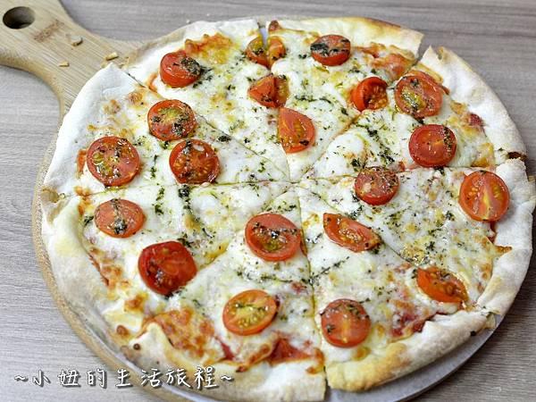 28士林夜市 捷運劍潭站 愛披薩 iPizza 正統 薄披薩 外國人.JPG