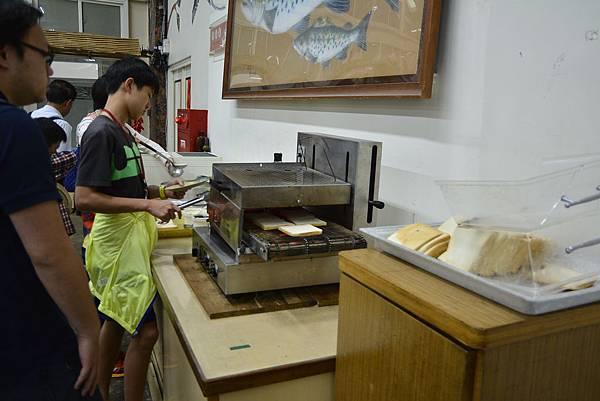 105宜蘭 頭城農場 親子DIY 螢火蟲 推薦 親子旅遊 景點  放天燈 葉拓 窯烤披薩.JPG