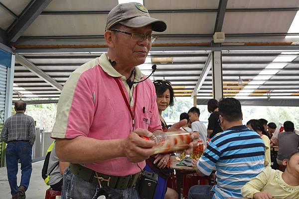 149宜蘭 頭城農場 親子DIY 螢火蟲 推薦 親子旅遊 景點  放天燈 葉拓 窯烤披薩.JPG