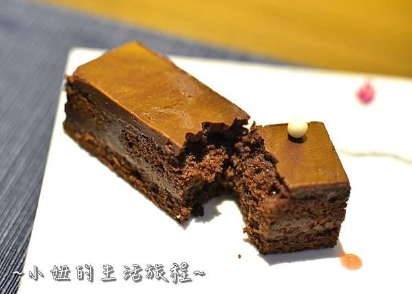 19乃渥爾 下午茶套餐 捷運忠孝復興站 推薦 美食 餐廳 甜點 約會 法式.JPG