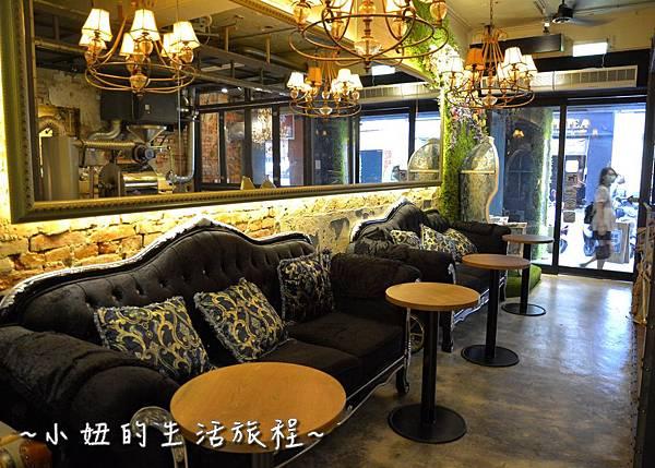 02 OROMO Cafe 北車店 台北 溜滑梯 咖啡館 台北火車站 南陽街 咖啡廳 咖啡店 推薦 親子.JPG
