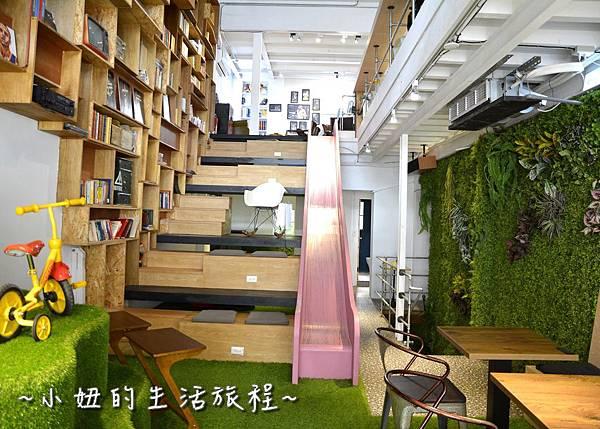 13 OROMO Cafe 北車店 台北 溜滑梯 咖啡館 台北火車站 南陽街 咖啡廳 咖啡店 推薦 親子.JPG
