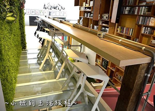 17 OROMO Cafe 北車店 台北 溜滑梯 咖啡館 台北火車站 南陽街 咖啡廳 咖啡店 推薦 親子.JPG