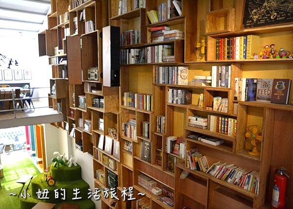 24 OROMO Cafe 北車店 台北 溜滑梯 咖啡館 台北火車站 南陽街 咖啡廳 咖啡店 推薦 親子.JPG