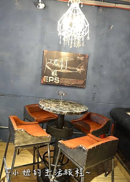 28 OROMO Cafe 北車店 台北 溜滑梯 咖啡館 台北火車站 南陽街 咖啡廳 咖啡店 推薦 親子.JPG