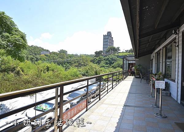 20三芝 景點 咖啡廳 親子餐廳 親子景觀餐廳 溜滑梯 透明 推薦.JPG