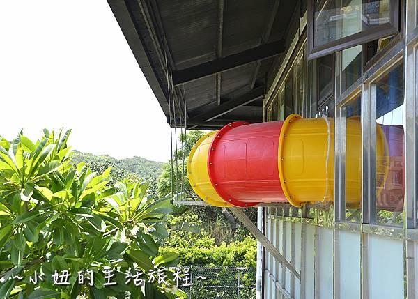 23三芝 景點 咖啡廳 親子餐廳 親子景觀餐廳 溜滑梯 透明 推薦.JPG