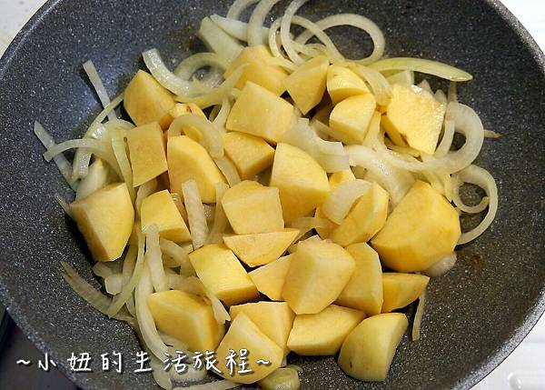 13 醬油  淬釀  非基因改造 馬鈴薯燉牛肉 牛蒡香菇飯 料理食譜.JPG