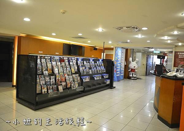14U2電影館 板橋店 捷運府中站 國中高中大學生 躺著看電影.JPG