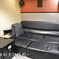 28U2電影館 板橋店 捷運府中站 國中高中大學生 躺著看電影.JPG
