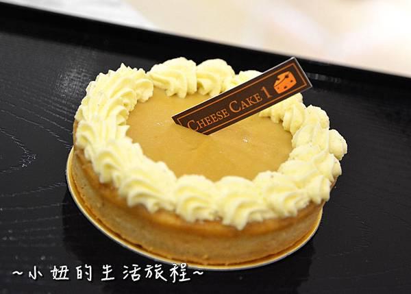 05 高質感蛋糕禮盒 CheeseCake  信義新光三越A4館B2 實體櫃位.JPG