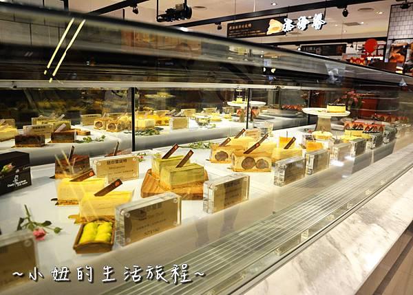 14 高質感蛋糕禮盒 CheeseCake  信義新光三越A4館B2 實體櫃位.JPG