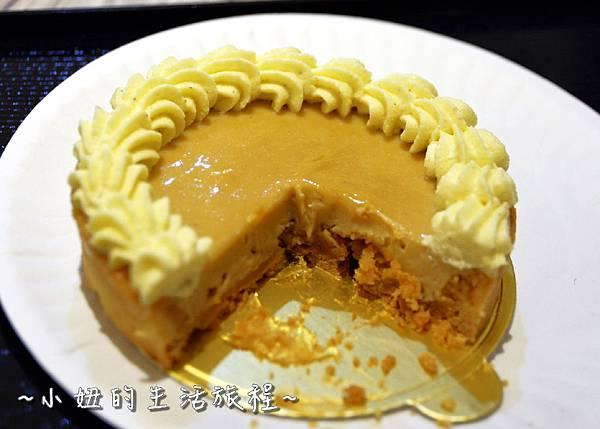 18 高質感蛋糕禮盒 CheeseCake  信義新光三越A4館B2 實體櫃位.JPG