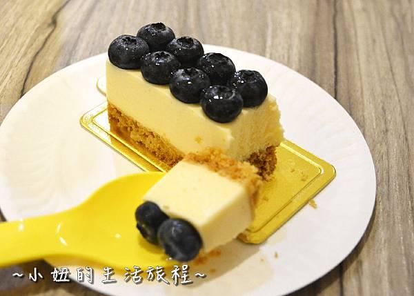 24 高質感蛋糕禮盒 CheeseCake  信義新光三越A4館B2 實體櫃位.JPG