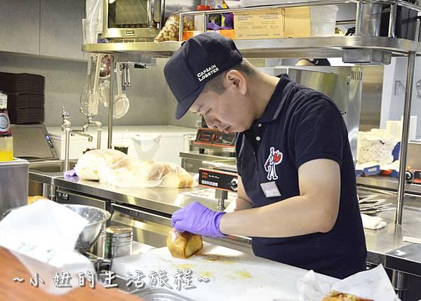 09 CAPTAIN LOBSTER 龍蝦堡 波士頓龍蝦堡 松葉蟹堡 新光三越A11.JPG