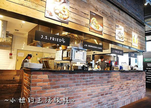 05 J.S. Foodies 林口三井 舒芙蕾鬆餅.JPG