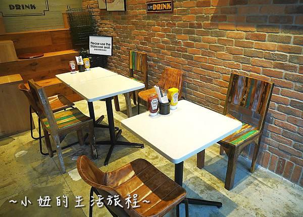 09 J.S. Foodies 林口三井 舒芙蕾鬆餅.JPG