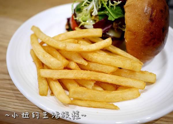 12 J.S. Foodies 林口三井 舒芙蕾鬆餅.JPG