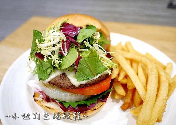 13 J.S. Foodies 林口三井 舒芙蕾鬆餅.JPG