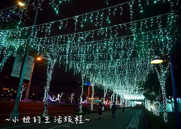 02  2016 新北耶誕城 2016板橋市民廣場 .JPG